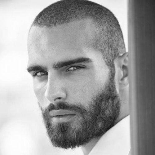 esmer erkek kirli sakal